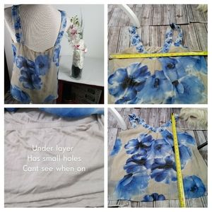 New York & Company Tops - 🍓$4 In Bundle🍓New York & Company Floral Blouse
